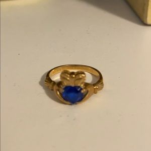 14k Claddagh Ring size 4